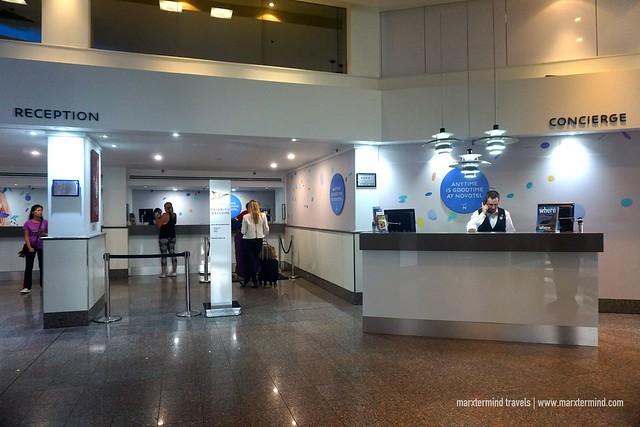 Novotel Surfers Paradise Lobby