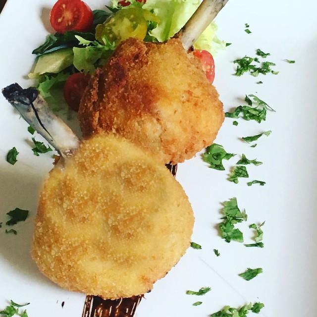 Muslos de pollo empanados