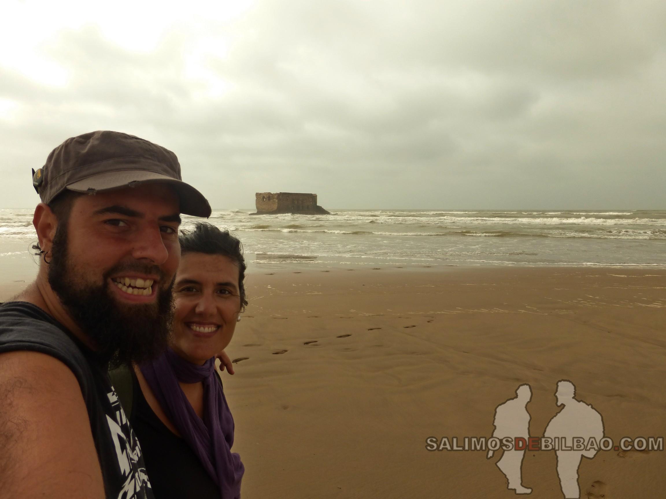 282. Katz y Saioa, Playa de Tarfaya