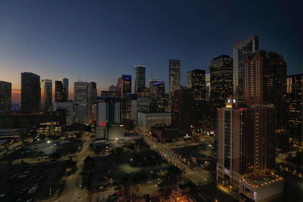 Hilton Americas-Houston Standard Suite 19