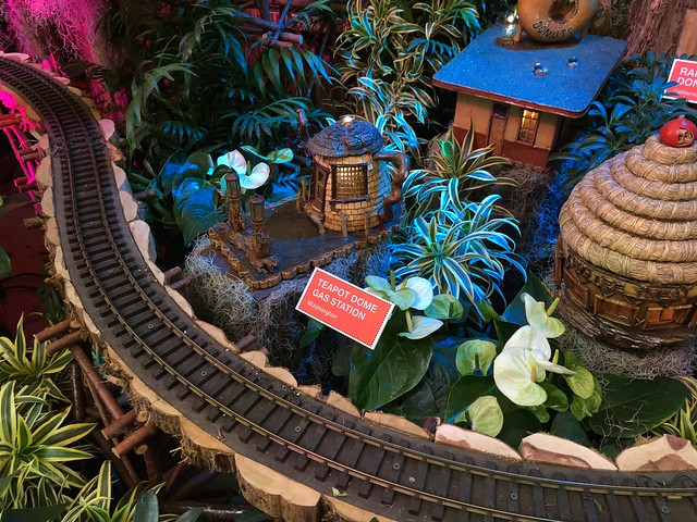 Christmas trains 2017
