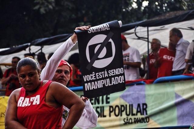 Ato no dia 18 de março em São Paulo contra a emissora. - Créditos: José Eduardo Bernardes/Brasil de Fato