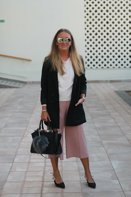 blazer-and-culottes-whole-outfit-wiebkembg