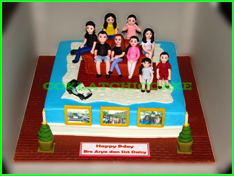 Cake Family Bro Arya & Mba Daisy 30cm