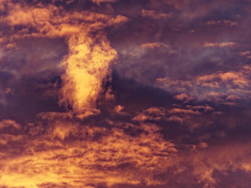 Ciel en feu 38576345205_c50ba649d2_c