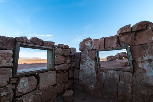 arizona cliffdwellers stonehouse usa choza hut travel desert hiking trekking windows views oldhouse abandoned dusk sunset landscape picoftheday outdoors