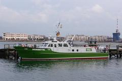 Zoll: Streifenboot BRUNSBÜTTEL in Warnemünde