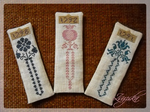 nikyscreations, antique, bookmarks, cross stitch