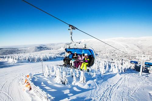 Jednodenní skipas do skiareálu ŠPINDLERŮV MLÝN se slevou 16 % pouze s kartou GOPASS
