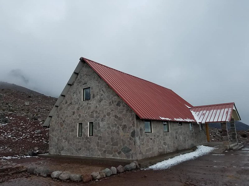 Chimborazo • Carrel Hut