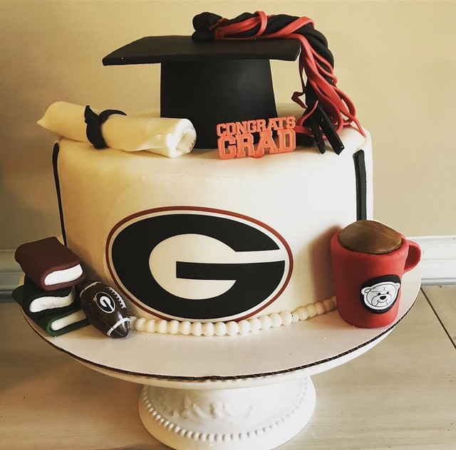 Graduation Theme Cake by Ozge Yildirim