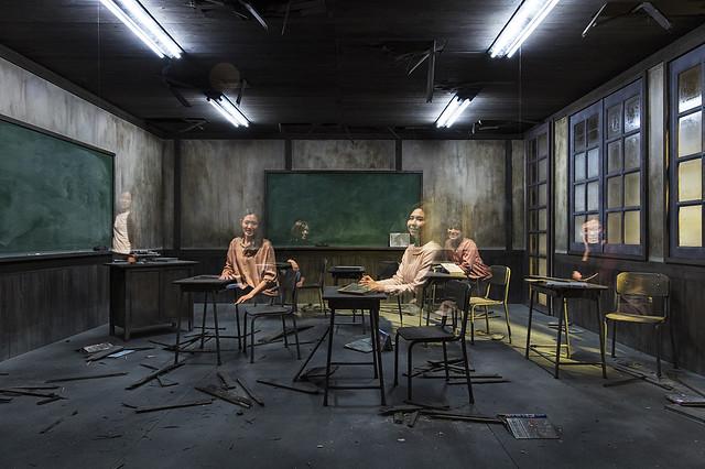 レアンドロ・エルリッヒ《教室》