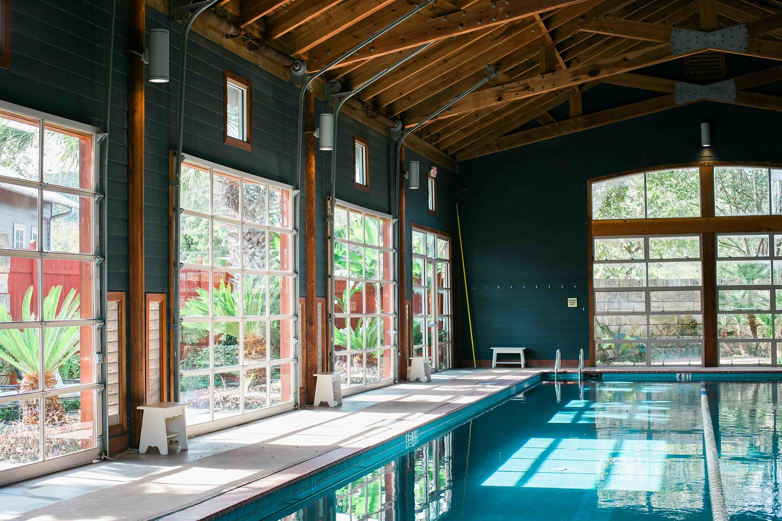 lakehouse spa indoor pool review