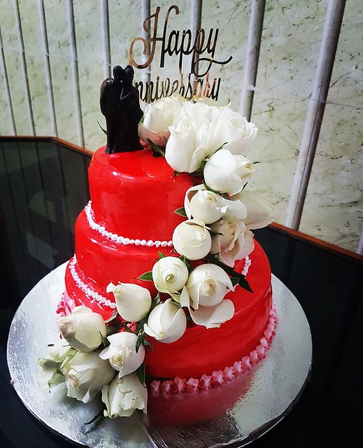 Red Velvet Anniversary Cake by Cakes and Cookies World
