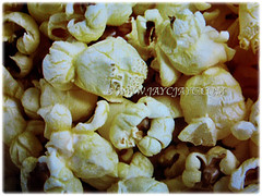 Endosperm of Zea mays (Maize, Corn, Sweet Corn, Indian Corn, Jagung in Malay) explode when heated to produce popcorn, 21 Dec 2017