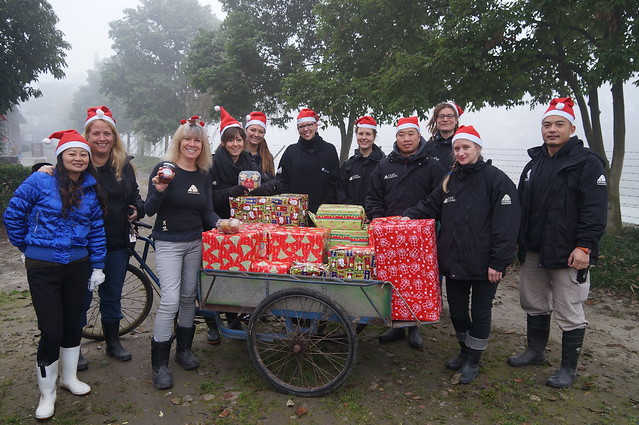 The moon bears' personal elves load up the sleigh (CBRC)