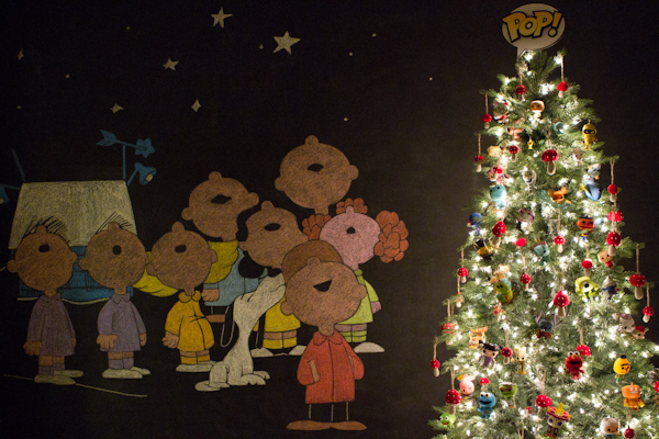 Funko Pop Christmas Tree With Peanuts