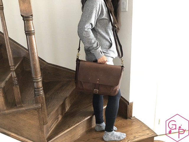 Review @SatchelandPage Brown Leather Slim Mailbag 4