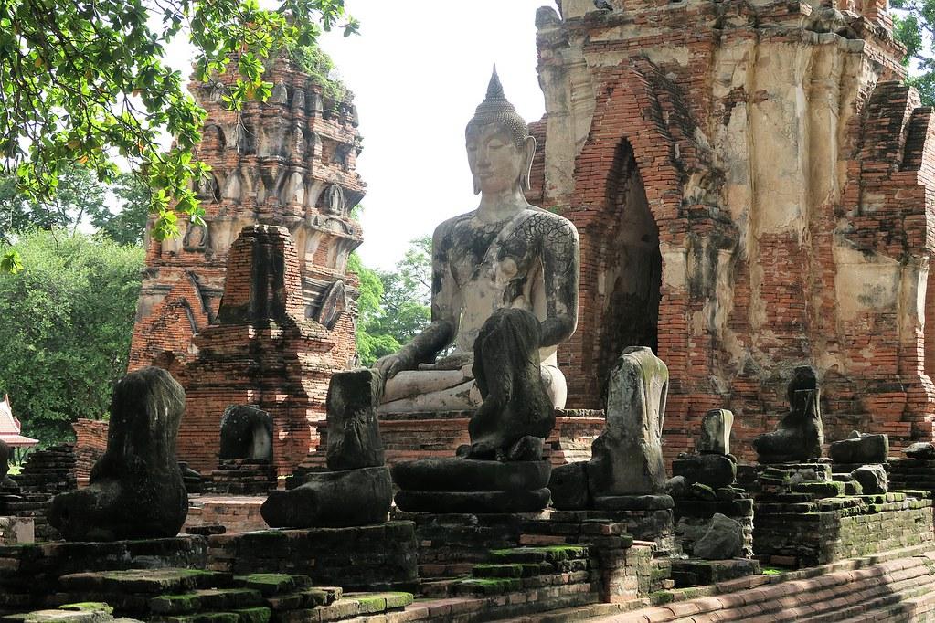 Statue de Bouddha à Ayutthaya en Thailande.