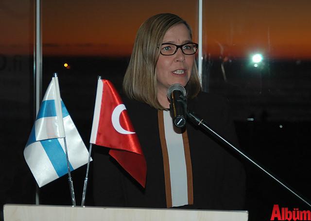 Finlandiya Ankara Büyükelçisi Paivi Kiaramo