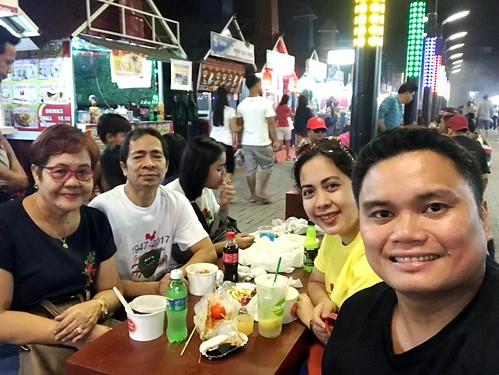 Gapan night market