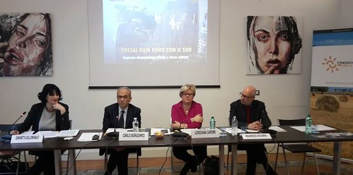 Presentato-a-Roma-il-Social-Film-Fund-Simonetta-Dellomonaco-Carlo-Borgomeo-Loredana-Capone-Maurizio-Sciarra1