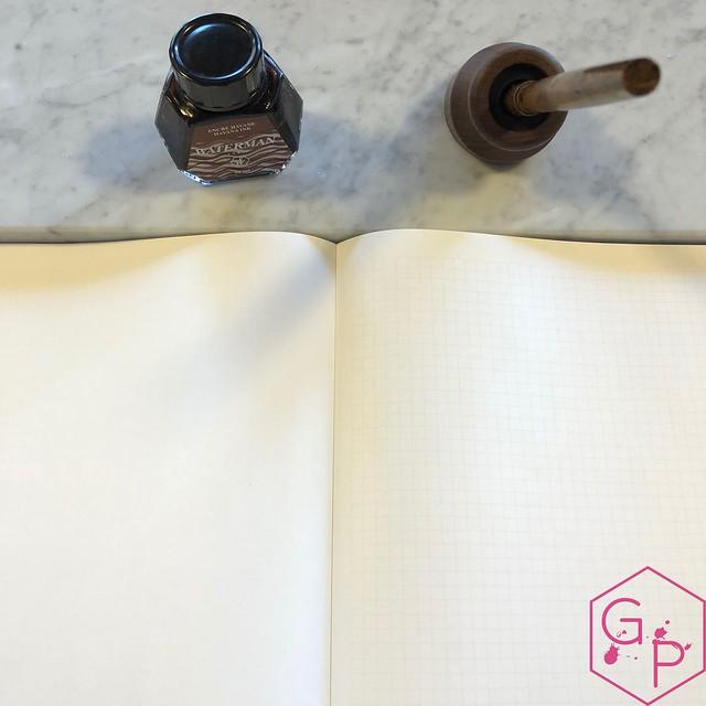 Review @PenwellCo Walnut Pen Desk Stand 14