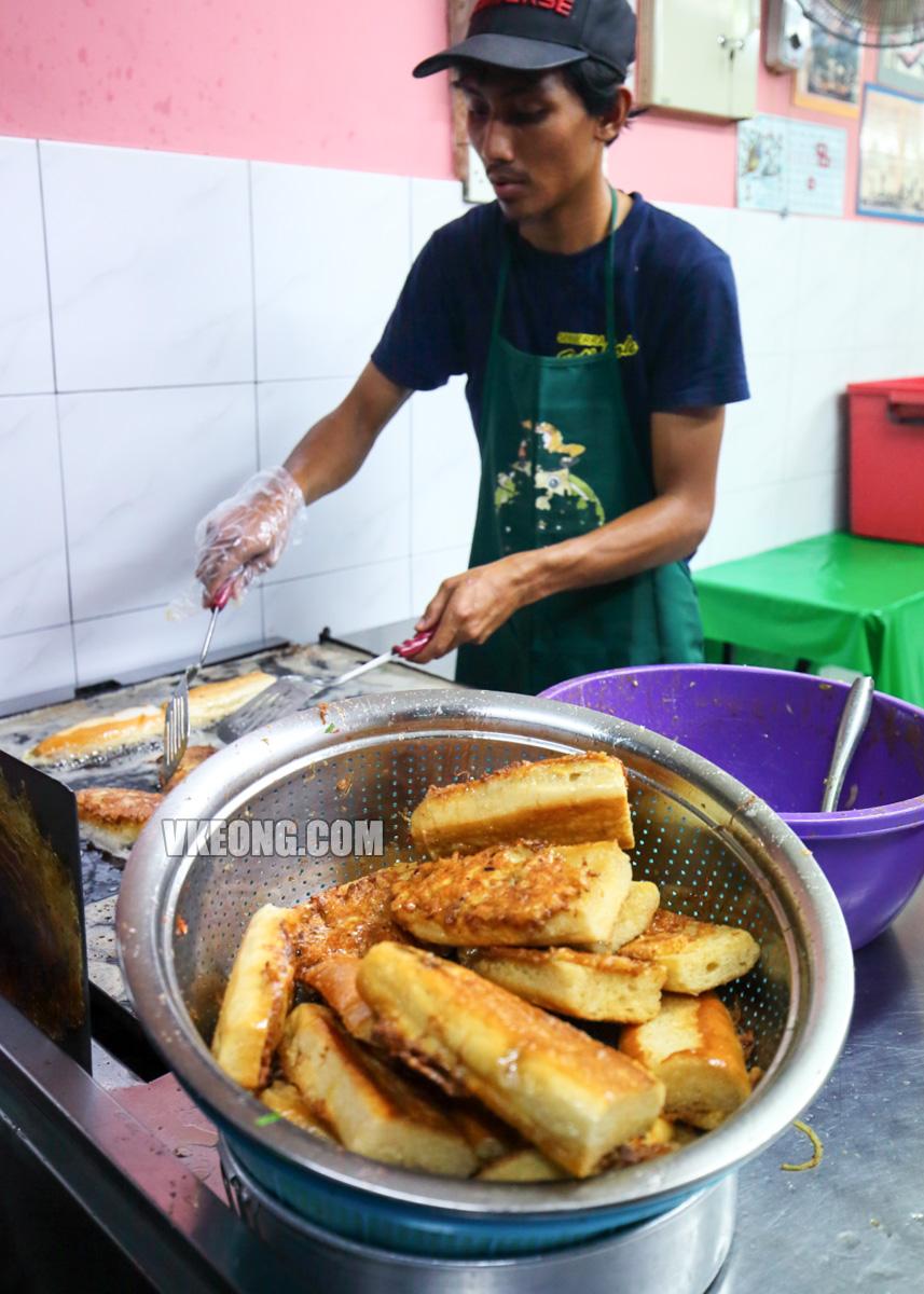 Roti-John-in-Melaka