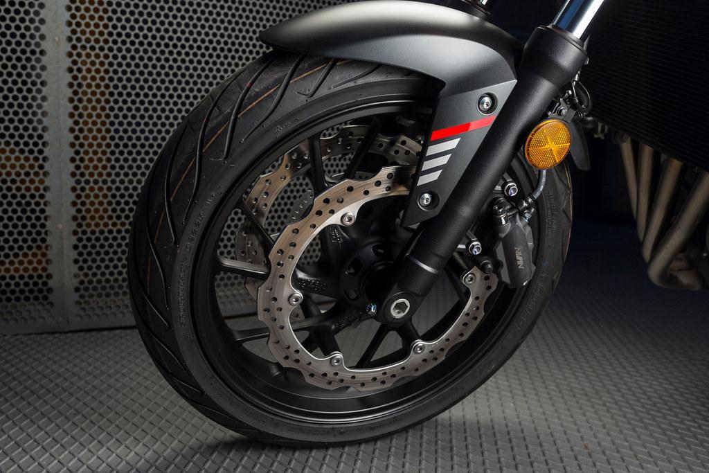 Honda CB 650 F 2018 - 1