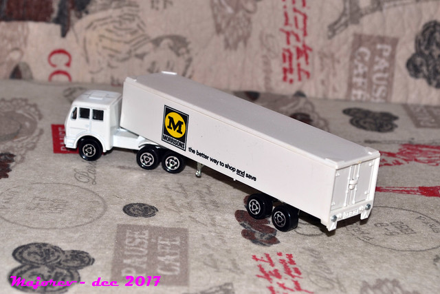 N°361 - MERCEDES SEMI-CONTAINER 25524165578_8a4209150b_z