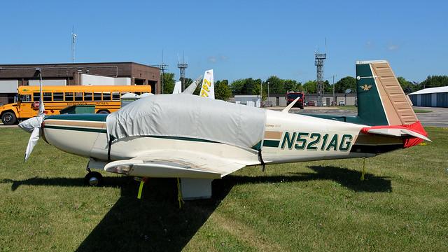 N521AG