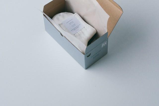3 PAIRS BOX