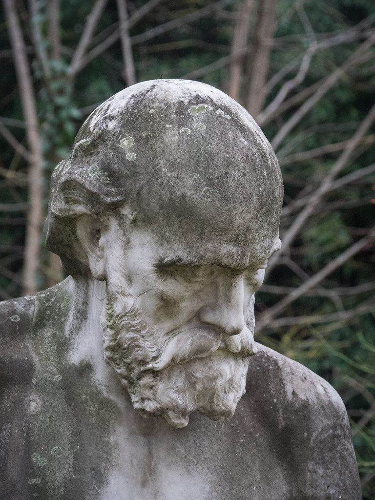 Statues du Jardin des Plantes 39235273291_708ac5fba3_b