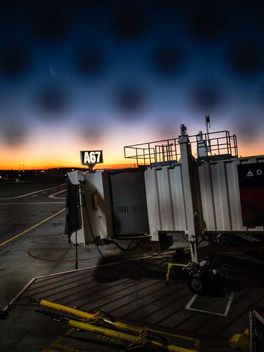dtw travel airport romulus michigan unitedstates us