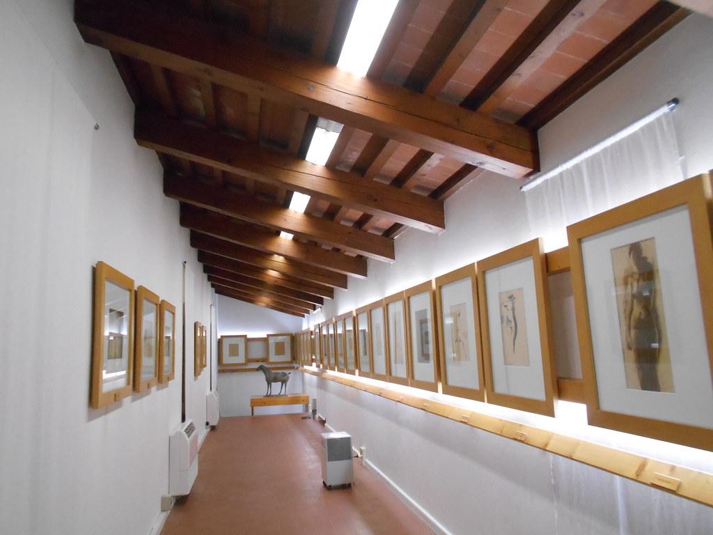 Palazzo pretorio pistoia italy tripcarta - B b canto alla porta vecchia pistoia ...