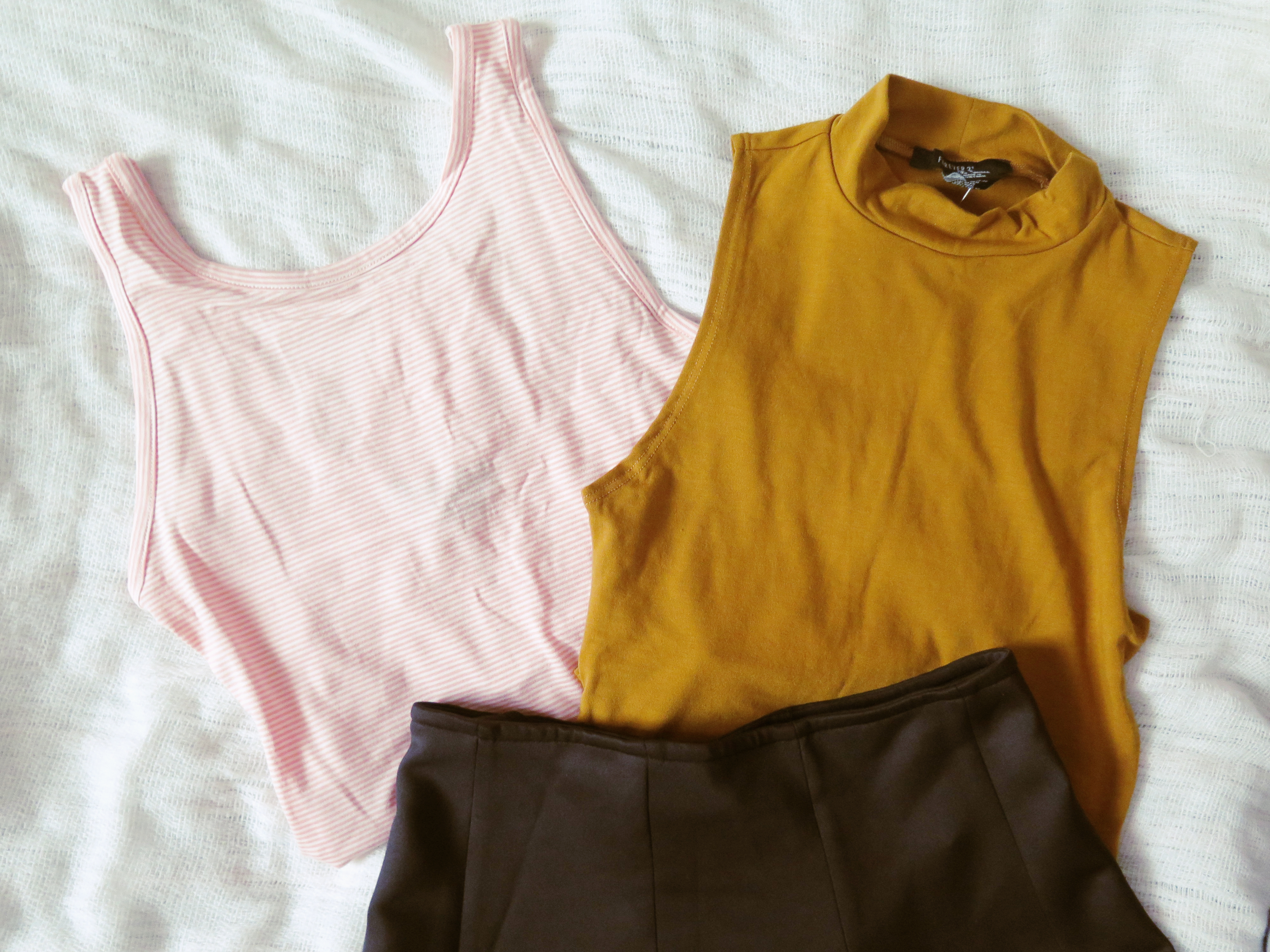 newin_clothes_cosmetics