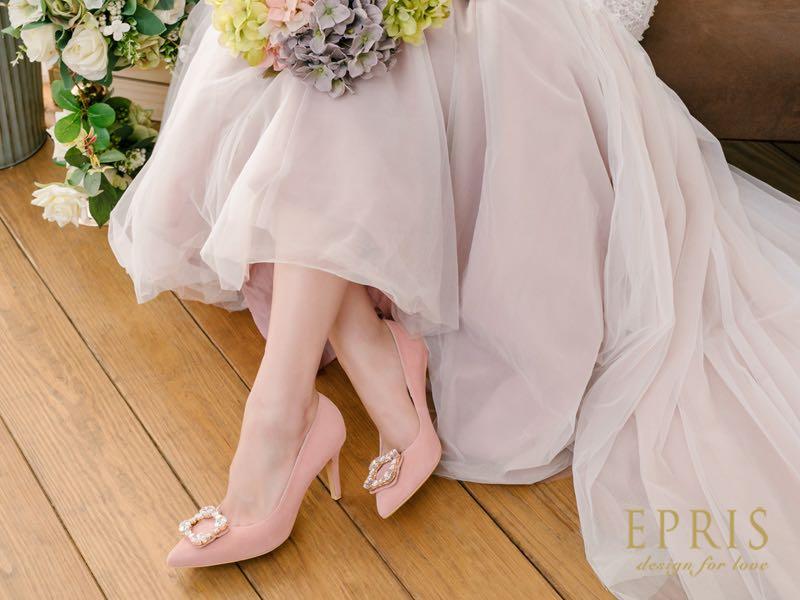 粉色尖頭婚鞋搭配