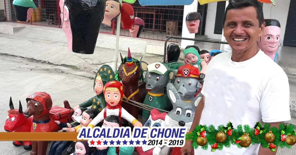 Feria de muñecos en la plaza Santos cuenta con seguridad y apoyo municipal