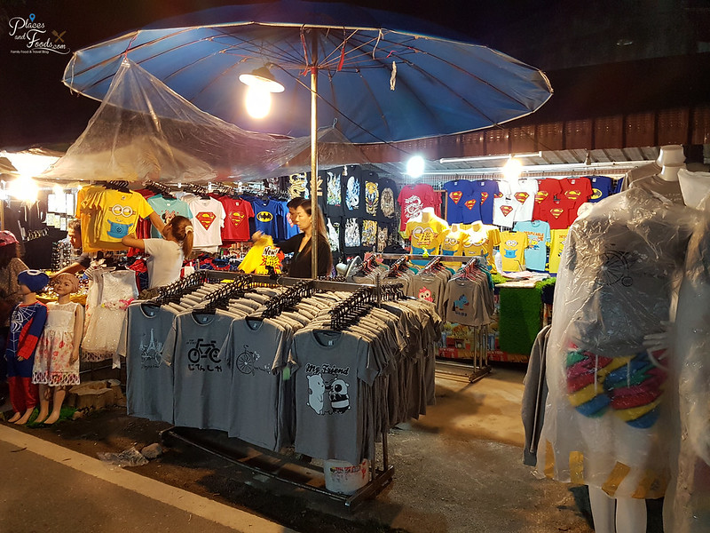 khlong hae night market shopping