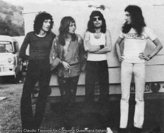Queen @ Sunbury Pop Festival - 1974
