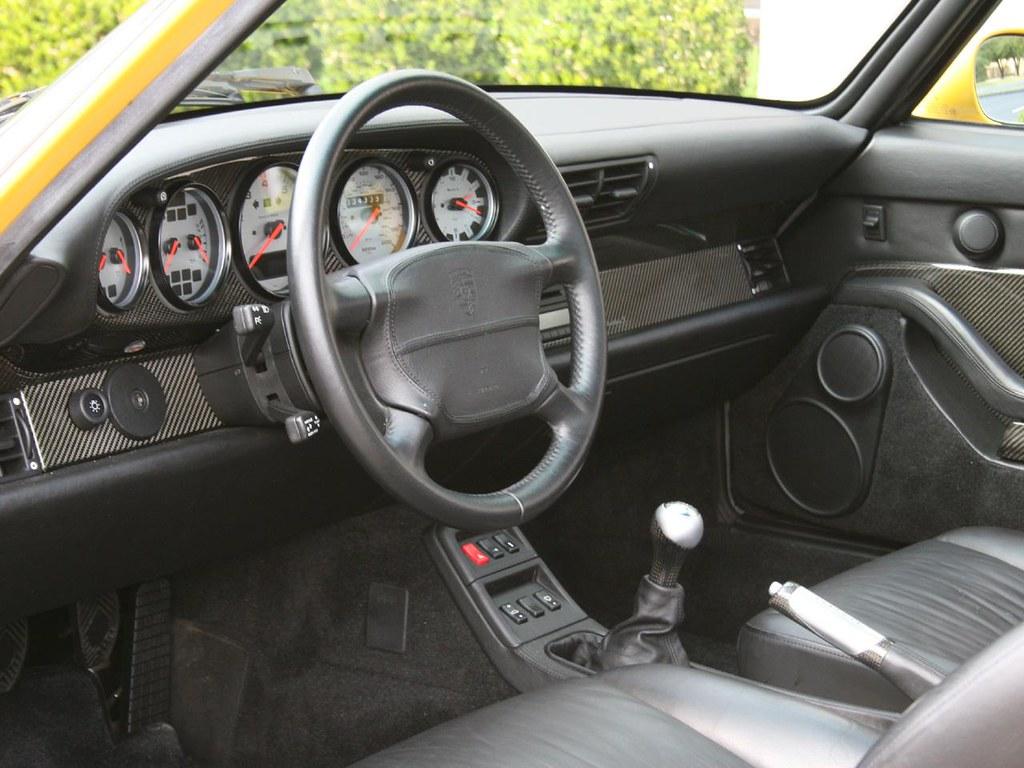 Porsche_993_911_Twin_Turbo_S_14
