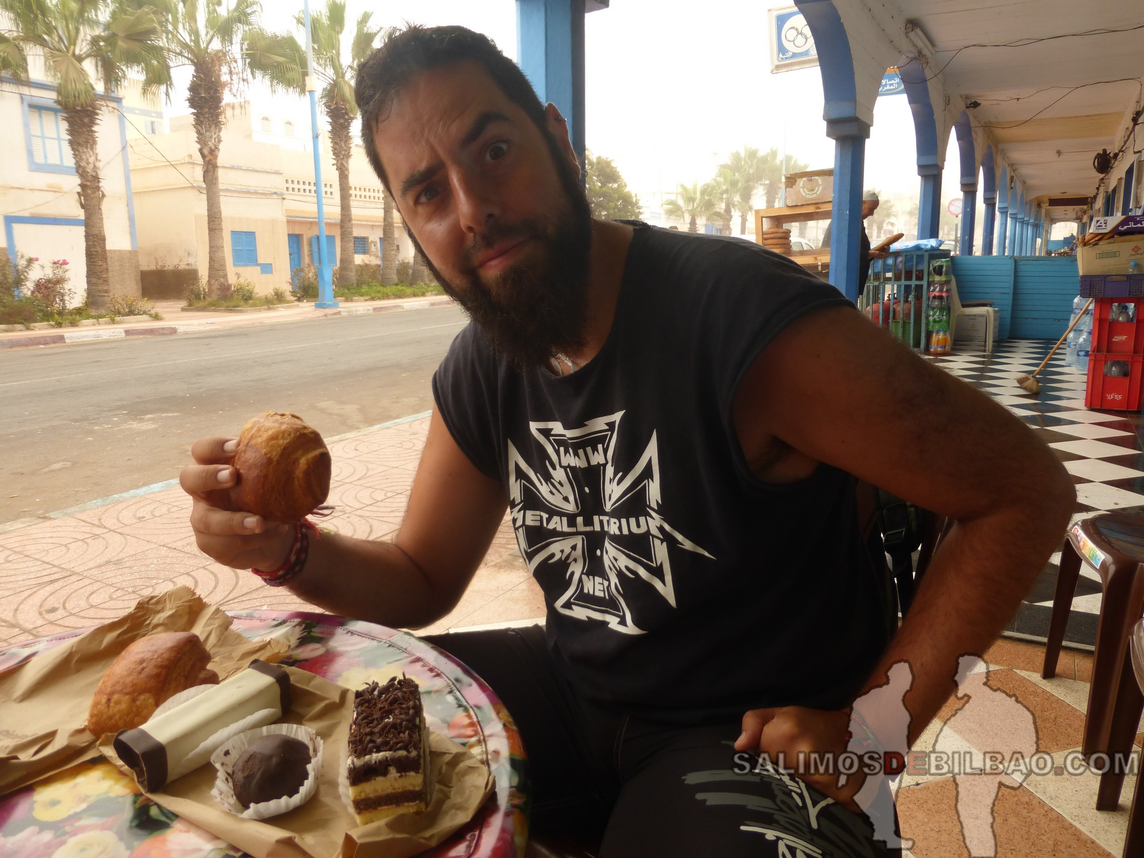 332. Katz, desayuno, Sidi Ifni