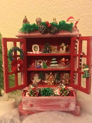 Laurie's Christmas Hutch