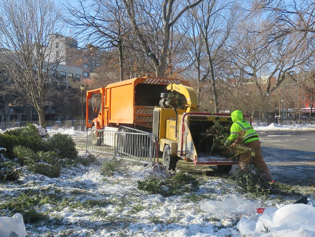 Mulchfest 2018 in Tompkins Square Park