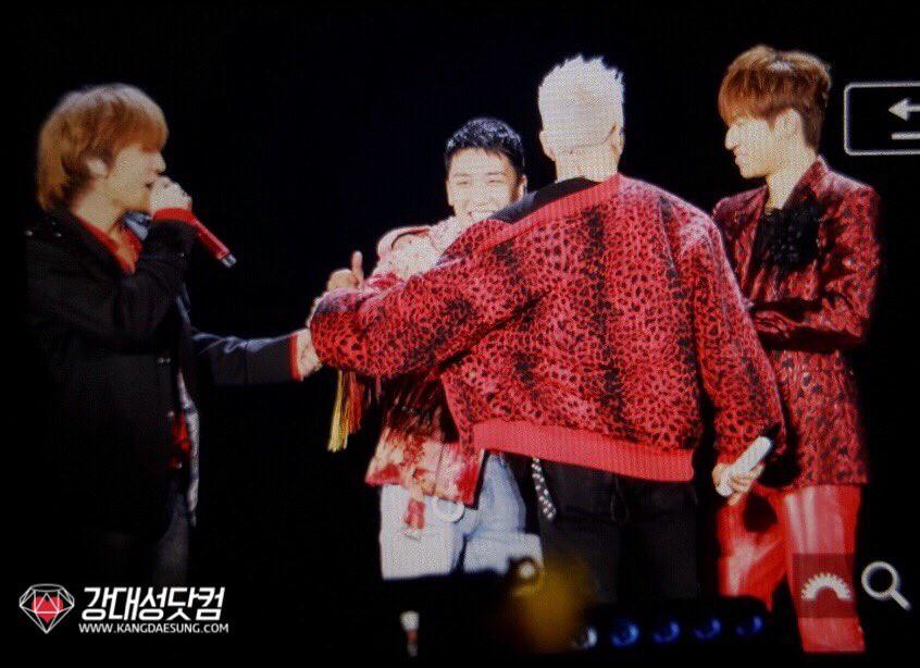 BIGBANG via kangdot0426 - 2017-12-30  (details see below)