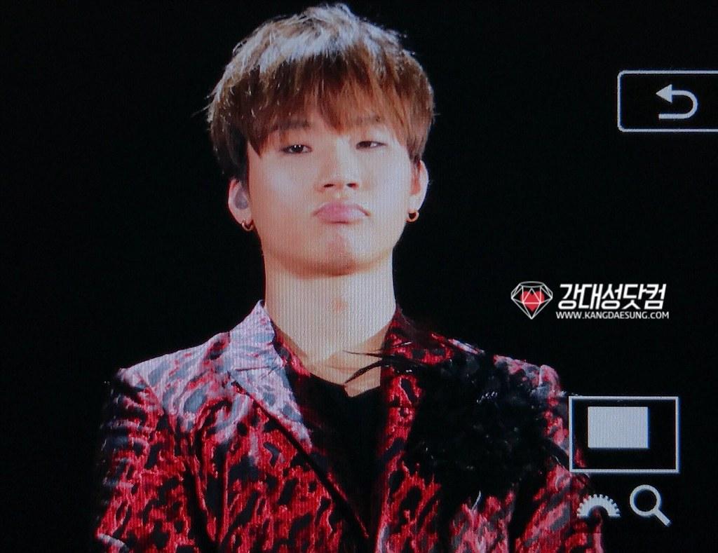 BIGBANG via kangdot_jpn - 2017-12-30 (details see below)