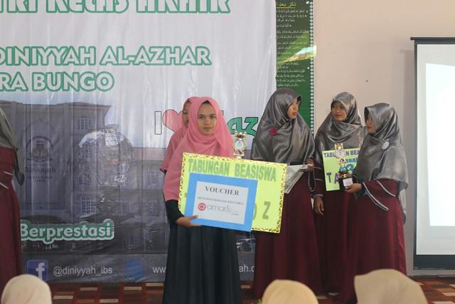 Wisuda Tahfidz Kelas Akhir Perguruan Diniyyah Al-Azhar Muara Bungo (1)