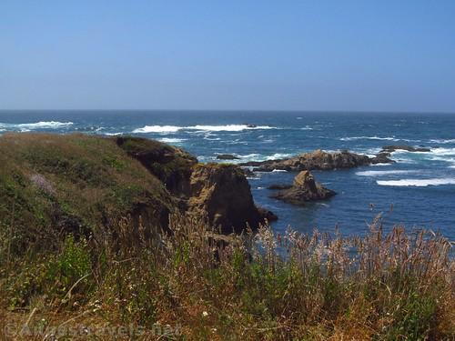 Cliffs and sea stacks along the Coastal Trail south of Glass Beach, California