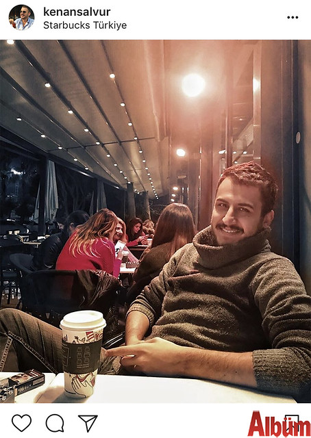 İnşaat Mühendisi Kenan Salvur, Starbucks'ta yorgunluk attı.
