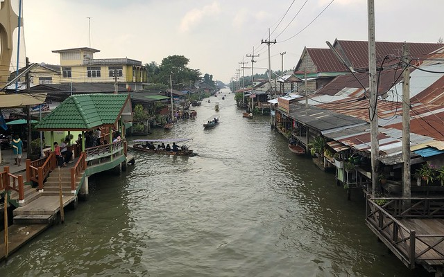 Damnoen Saduak Floating Market 90